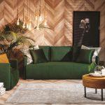 Szczeciński projektant radzi: kolorowe kanapy w salonie